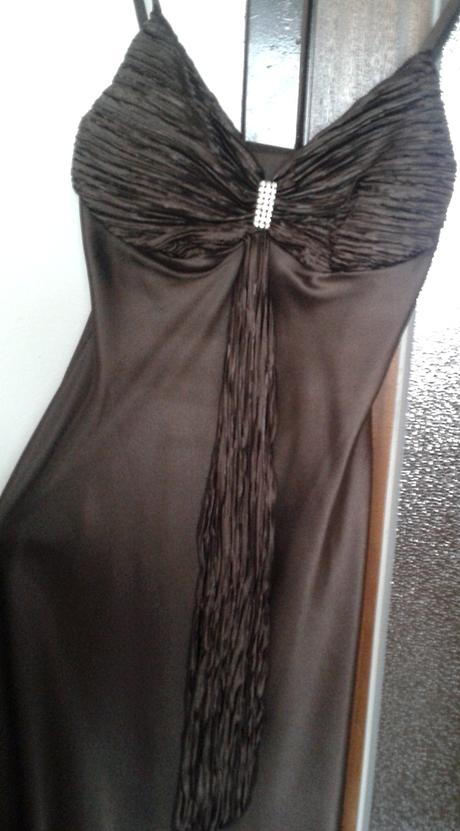 Čokoládové šaty, 36