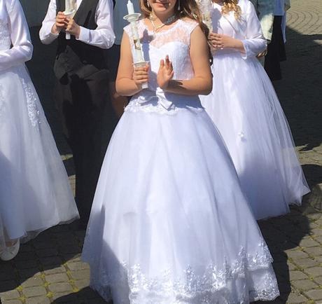 šaty na sväté prijímanie alebo pre družičku., 146