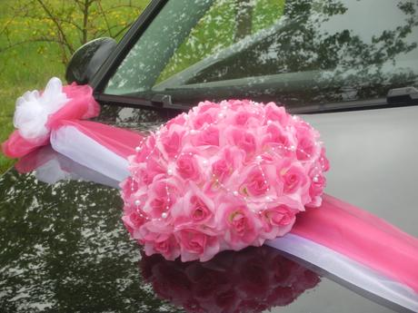 Svatební dekorace, výzdoba na auto - TRS RŮŽÍ,