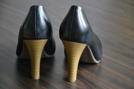 Černé lodičky s výrazným podpatkem, 38