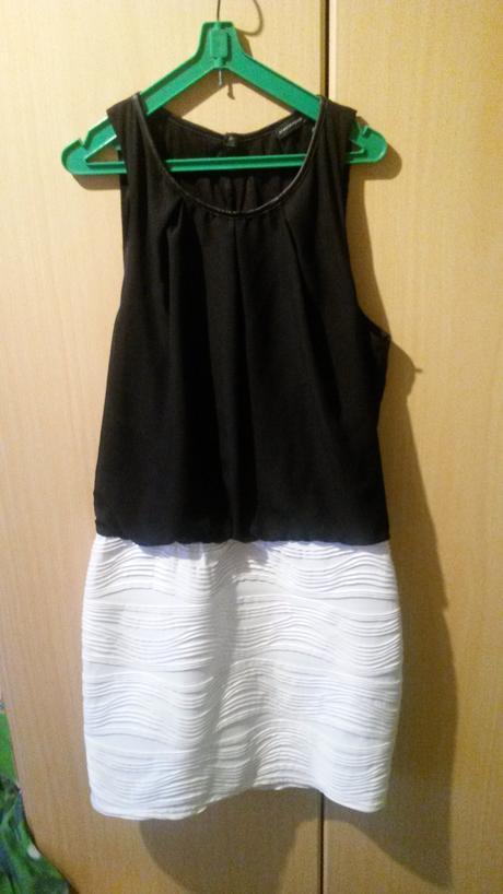 černo-bílé mini šaty, 40