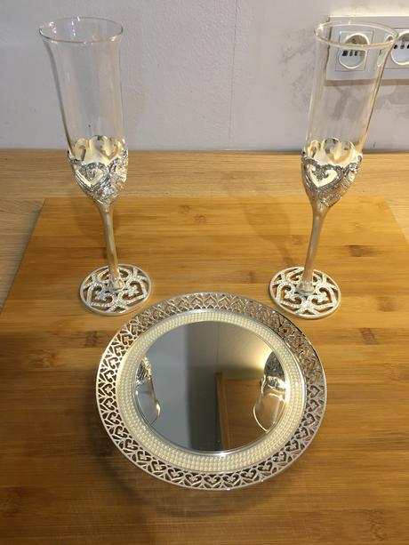 Svatební sada (2 sklenice na sekt + talířek) ,