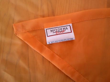 oranžová záclonka ,