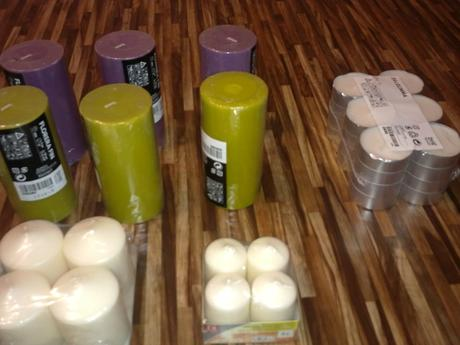 Přírodní a berevné svíčky,