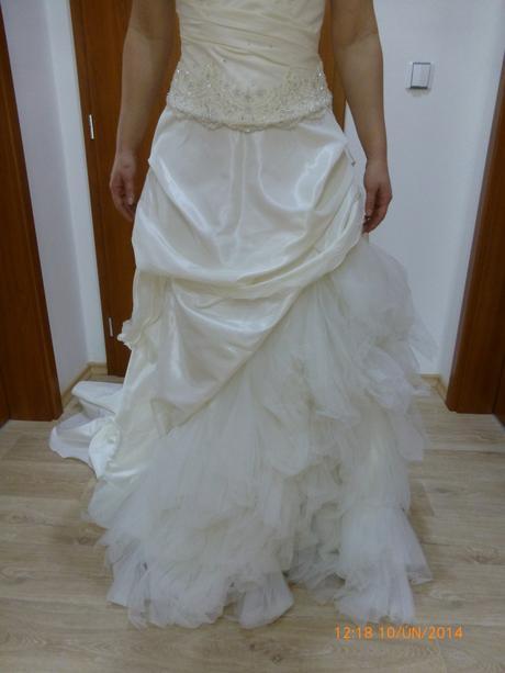 Svatební šaty šampaň barva s vlečkou, 40