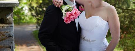 Kvalitní a zeštihlující bílé svatební šaty, 42-44, 44