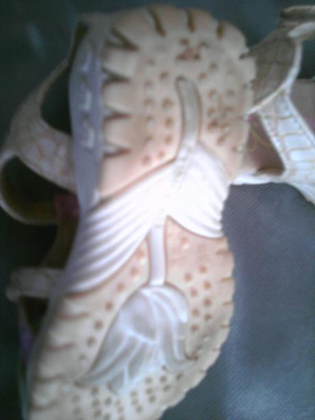 sandálky so stielkou, 19