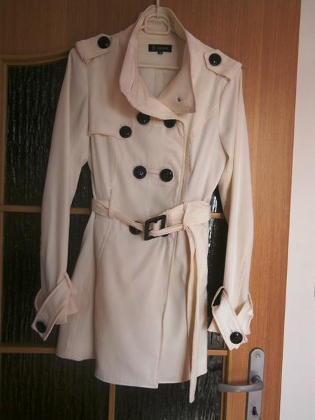biely prechodný kabátik, 36