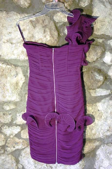 volánikové šaty, 36