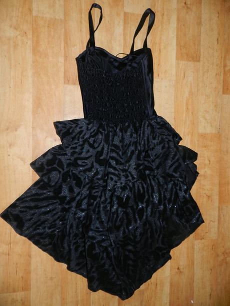 Šaty čierno-strieborné, S