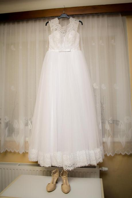 Princeznovské šaty s krajkou ( vel. 36 - 40) , 38