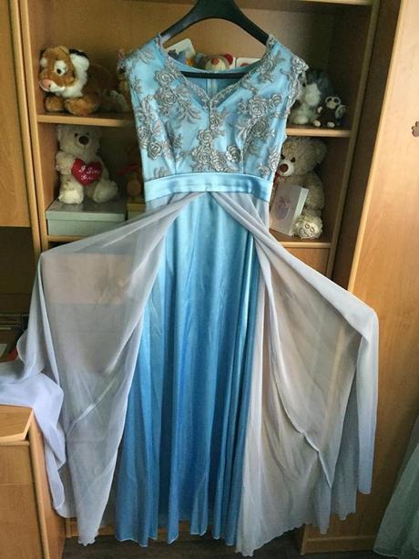 Kvalitné spoločenské šaty, 36