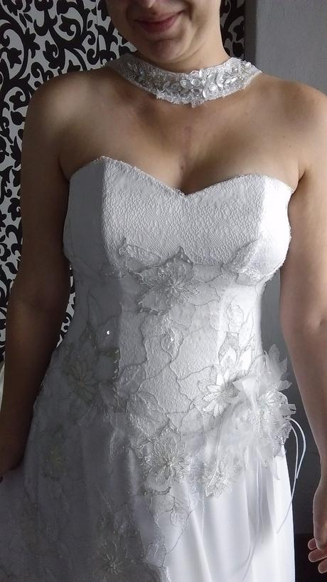 jiné šaty, 40