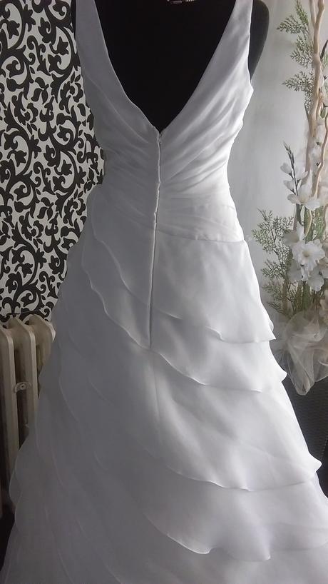 luxusní šaty , 38