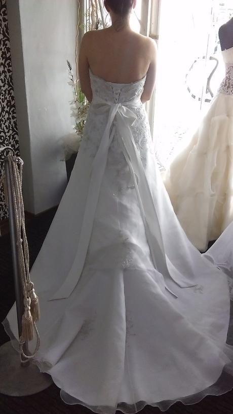 luxusní šaty, 40