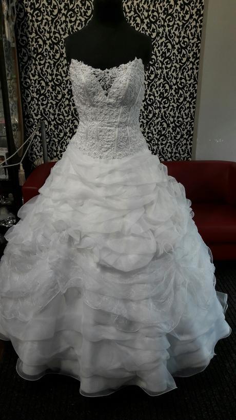 svatební šaty EDDY K., 40