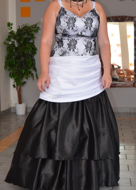 Svatební (společenské) šaty, 42