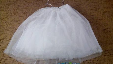 8-vrstvá tylová spodnice bez kruhů,