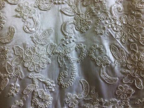 svadobné šaty šité namieru, 52