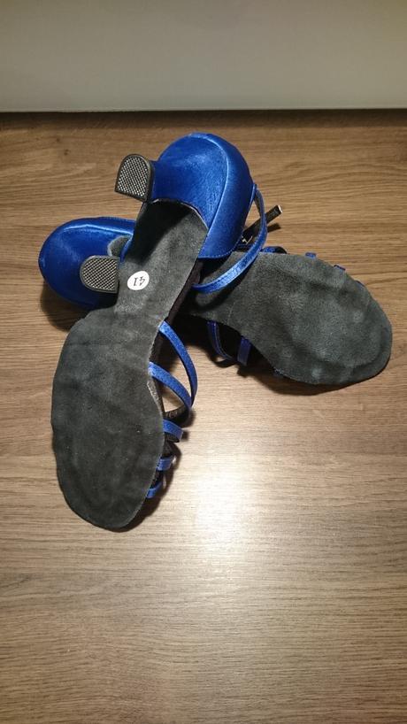 pohodlne, makke tanecne sandale nepouzite, 40