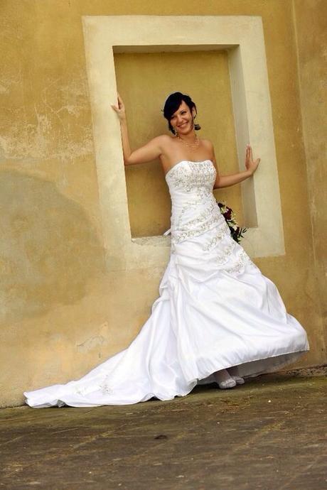Biele svadobné šaty- lacno  945ad3e796b