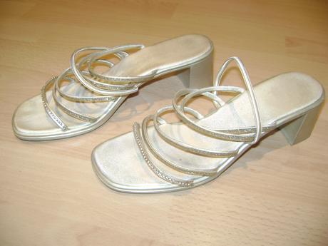 Zlate spolocenske sandalky, 38