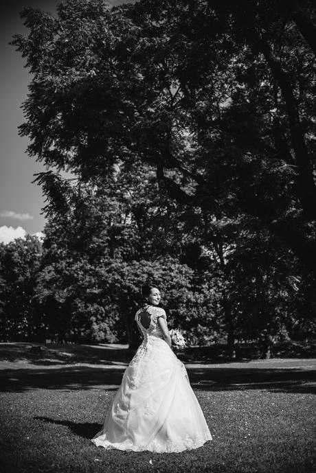 1použité orig.svatební šaty s vlečkou vel.36-37, 37