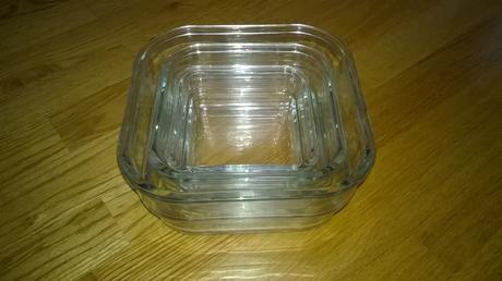 3 sklenene misky,