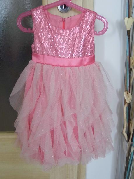 Slávnostné šaty pre družičky, 104