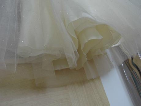 Slávnostné šaty pre družičky, 110