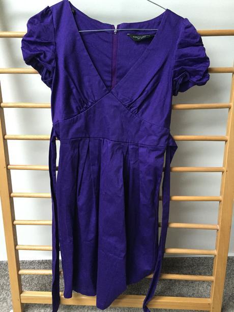 Fialové šaty Dorothy Perkins , 36
