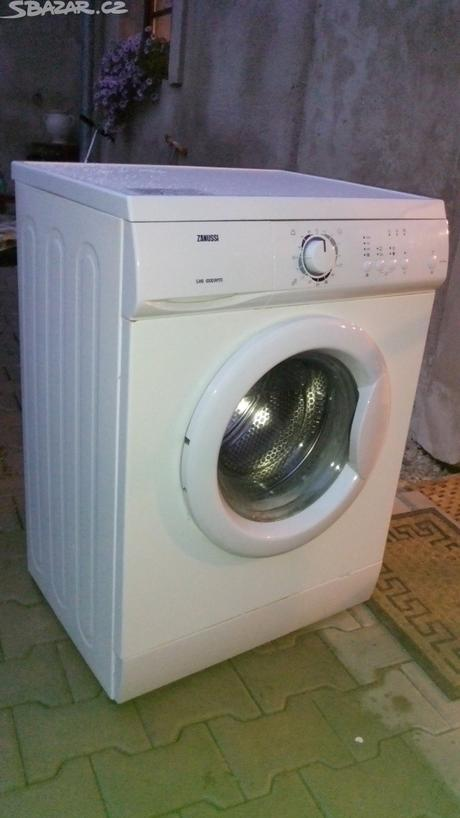 Pračka Zanussi,