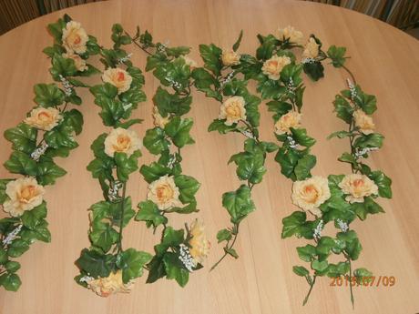 Kvet-ťahačka s kvetmi,