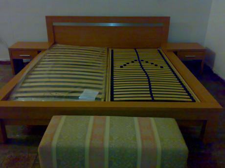 Posteľ 180x200+nočný stolík Dub,