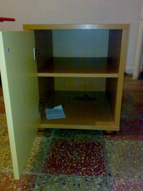 skrinka pod písací stolík-kontajner,