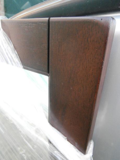Zrkadlo-rám drevo-kaučuk,