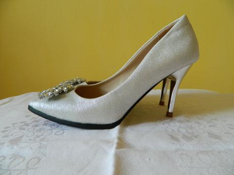 Stříbrné botky, 38