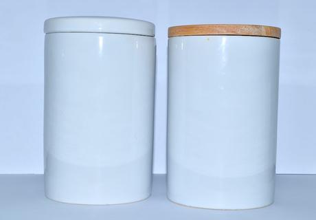 Keramická dóza biela - vzduchotesné veko, 17 cm,
