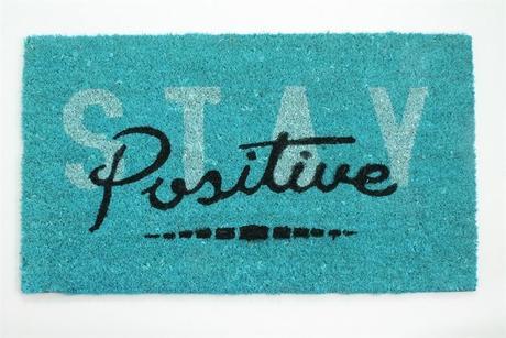 "Rohožka pred dvere ""Stay positive"","