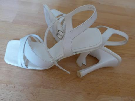 Bílé kožené páskové boty, 38
