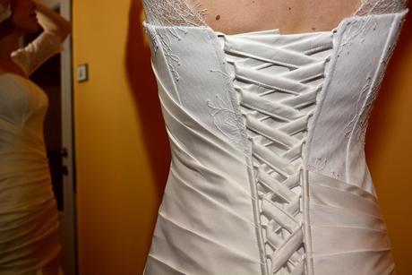 Nepoužité svatební šaty, 36