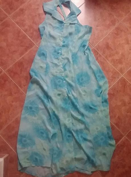 Vzdušné letní šaty, 40