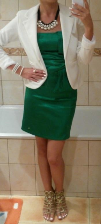 Krátke zelené šaty na postavu - veľ. S, 36
