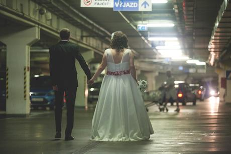 Svadobné šaty pre plus size nevestičku, 48