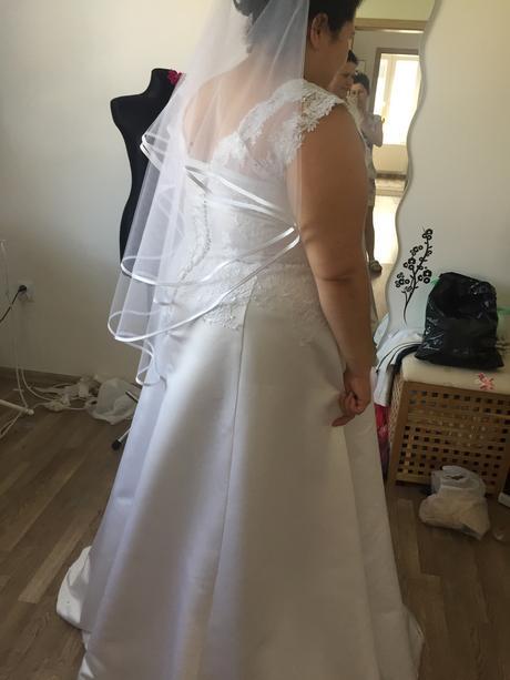 Na predaj svadobny set, 47