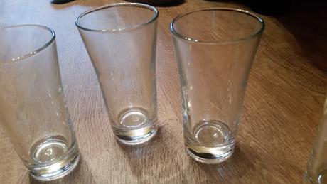 poháre na malinovku,