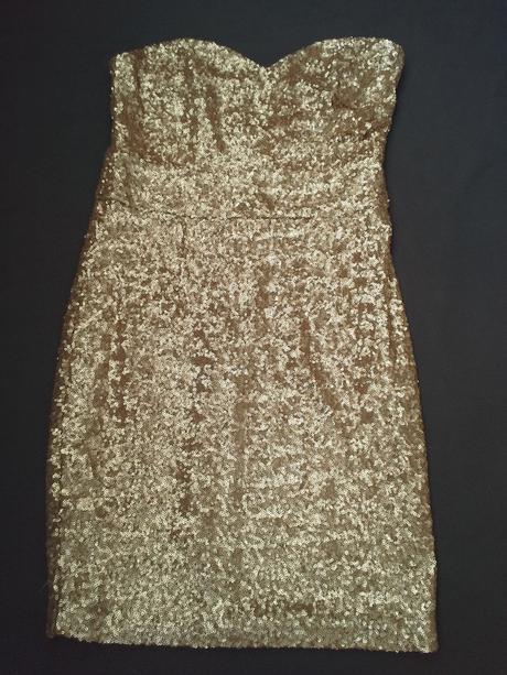 Společenské zlaté šaty, 36