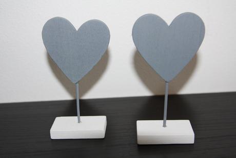 Jmenovky ve tvaru srdce,