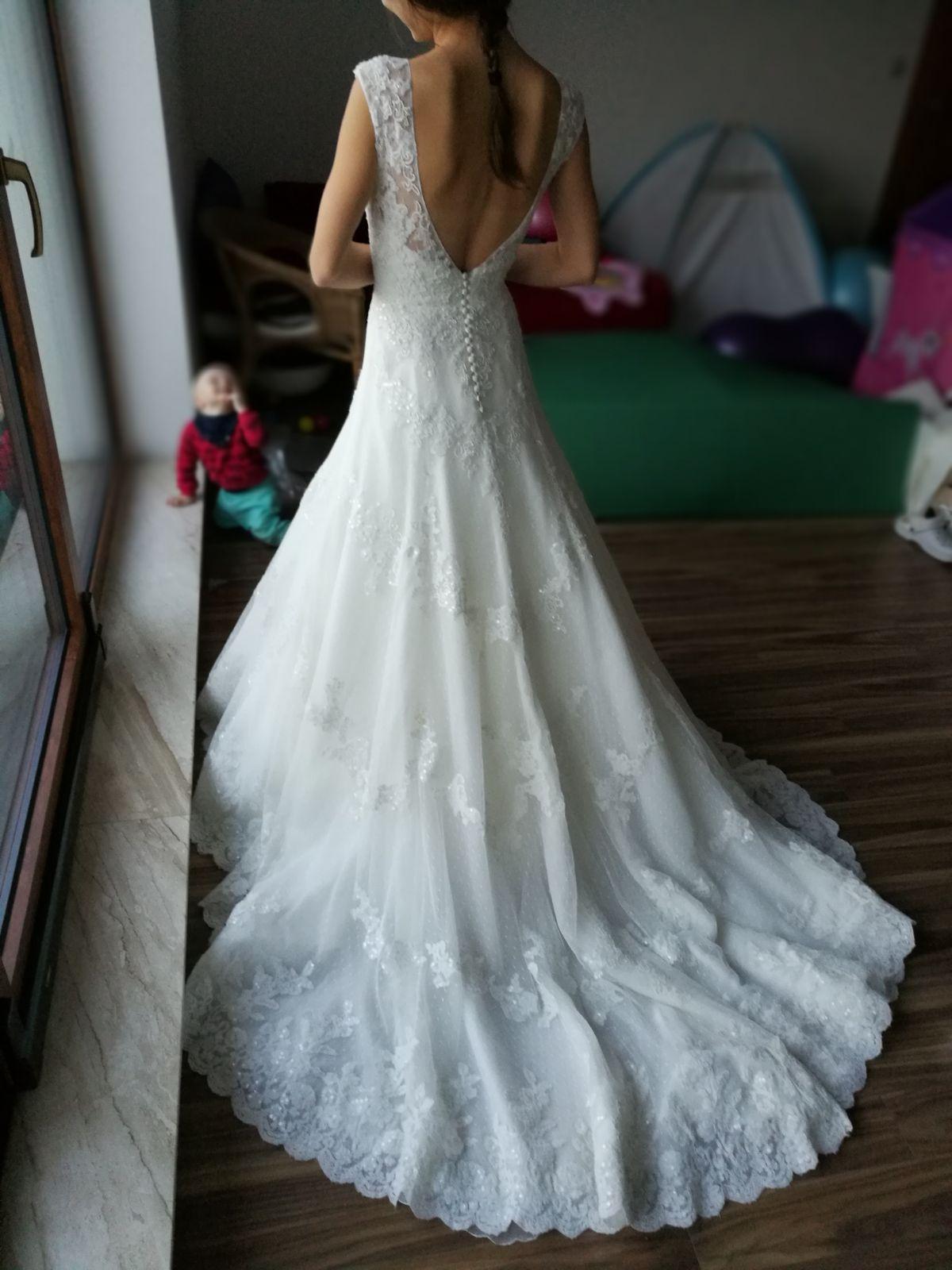 44a8686f0136 Luxusné svadobné šaty pronovias na predaj