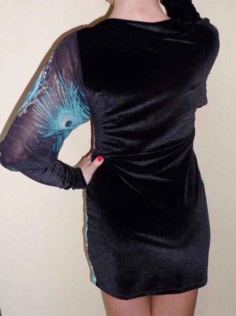 zamatové luxusné šaty , S